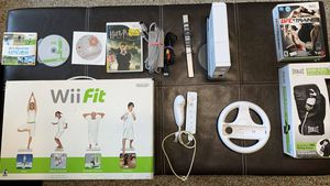 Wii Gaming Package in great condition! for Sale in Fort Lauderdale, FL
