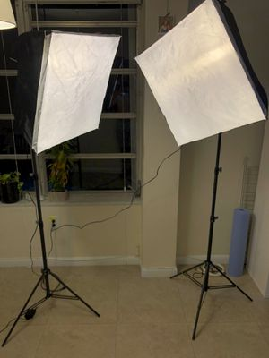 "Linco Lincostore Photography Equipment Photo Studio Lighting 24""x24"" Softbox Light Kit for Sale in North Bay Village, FL"