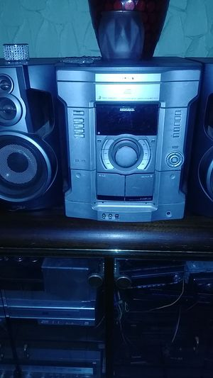 Sony MHC-GX5 3 disc CD player for Sale in St. Louis, MO