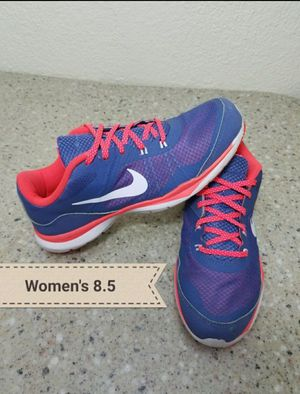 Nike NikeFlex shoes Women's 8.5 for Sale in Moreno Valley, CA