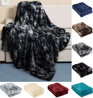 Luxury Faux Fur Throw Blanket - Ultra Soft and Fluffy - Plush for Couch Bed and Living Room - Fall Winter and Spring - 50x65 (Full Size) Black for Sale in Queens, NY
