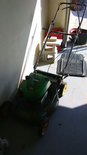 Self-propelled lawn mower for Sale in Sarasota, FL