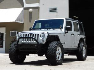 2012 Jeep Wrangler Sahara unlimited for Sale in Miami, FL
