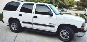 ➣➣ Like New SUV CHEVY TAHOE 03 / 4WD ➢➢ for Sale in Fresno, CA
