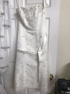 Galina wedding dress size 4 for Sale in Alum Ridge, VA