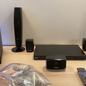 Panasonic Home Theater System with 3D Blu-ray Disc Player for Sale in Brooklyn, NY