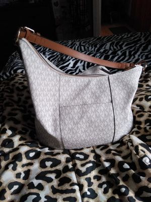 Michael Kors hobo bag for Sale in Medfield, MA