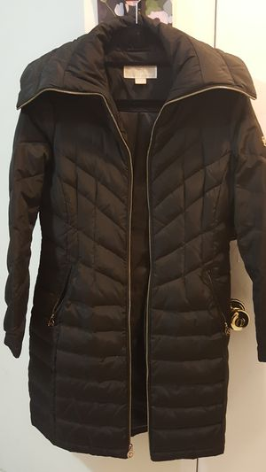 Michael Kors- Women's Down Coat for Sale in New York, NY