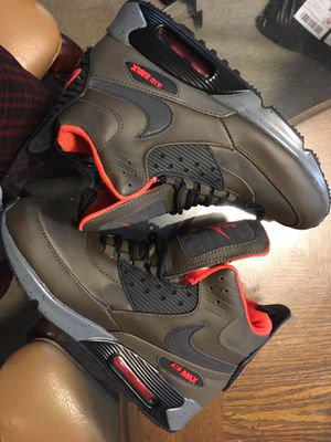 6a384b78916c New Air Max 90 Sneakerboot - Men s 8 for Sale in Greenville