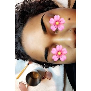 Eyebrow henna tinting and sculpting for Sale in Conroe, TX
