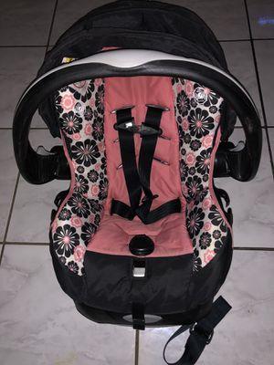 Baby girl car seat, stroller for Sale in Houston, TX
