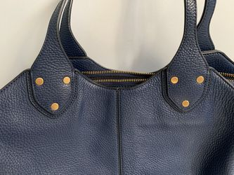 Banana Republic handbag for Sale in Southborough,  MA