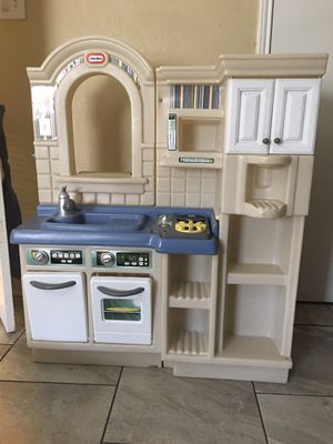 Little Tikes Inside/Outside Cook 'n Grill Kitchen for Sale in Arlington, TX