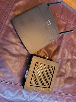 Linksys EA6100 Wireless Router + Motorola SB6120 Modem (Xfinity/Comcast compatible) for Sale in Houston, TX