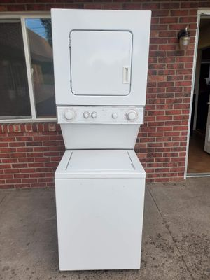 24wide whirlpool washer and electric dryer set good working condition for Sale in Denver, CO