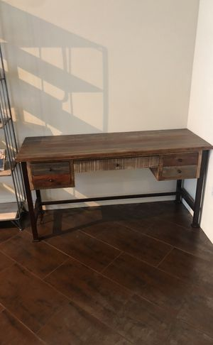 Brown wood Desk for Sale in San Diego, CA