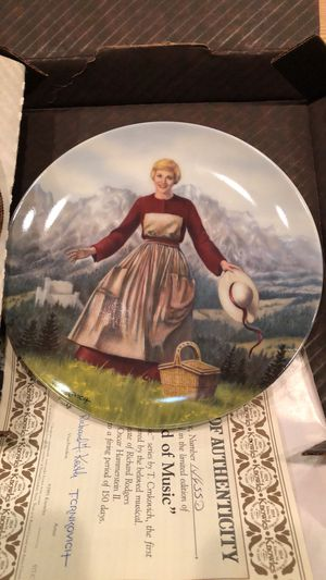 Sound of Music Collectible Plate 1986 for Sale in Hanover Park, IL
