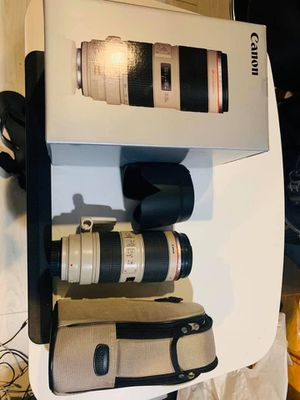 Canon 70-200 2.8 IS USM ii for Sale in Frederick, MD