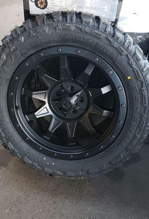 20x10 Cali off-road Wheels with new mud tires. 33x12.50 20