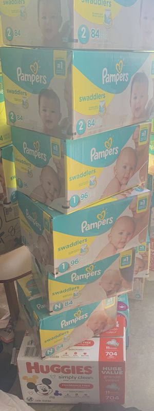 Pampers and wipe bundle for Sale in O'Fallon, MO