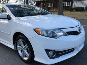 Very Nice 2010 Toyota Camry FWDWheels for Sale in Dayton, OH