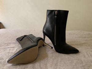 Michael Kors heel boots size 9 ( black) for Sale in Renton, WA