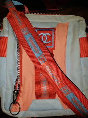 Chanel crossbody bag for Sale in Mill Creek, WA