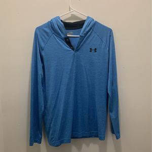 Under Armour Longsleeve Hoodie Size SM for Sale in Orland Park, IL