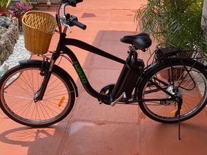 Electric adult bicycle brand new for Sale in Miami, FL