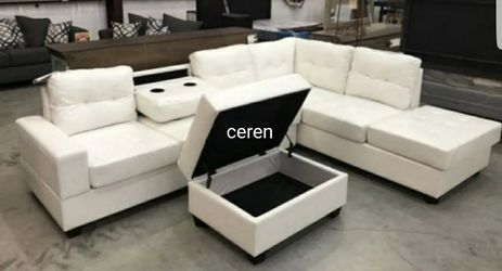 In stock 💕[SPECIAL] Pablo White Sectional and ottoman U5300 byGlobal for Sale in Alexandria,  VA