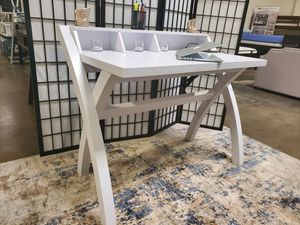 Computer/Office Desk with Electrical and USB Outlets, White Finish for Sale in Garden Grove, CA