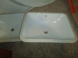 2 bathroom sinks brand new 100$ for Sale in Winter Haven, FL