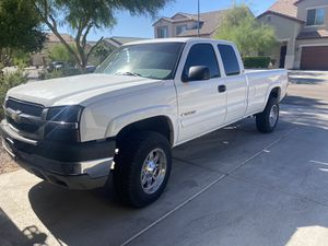Chevy Silverado 2500 HD 250k salvage title rebuilt engine and transmission like new for Sale in Phoenix, AZ