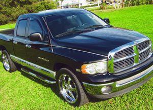 2005 Dodge RAM 1500 V8 for Sale in Cleveland, OH