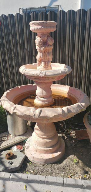 3 tier water fountain for Sale in Miami, FL