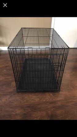 Med size dog kennel 30.00 for Sale in Independence,  WV