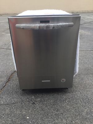 """New dishwasher kitchen aid stainless steel w 24"""" for Sale in El Monte, CA"""