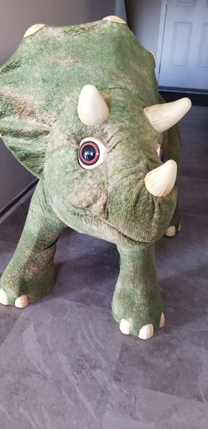 Kota ride on dinosaur Triceratops Playskool for Sale in Warren, MI