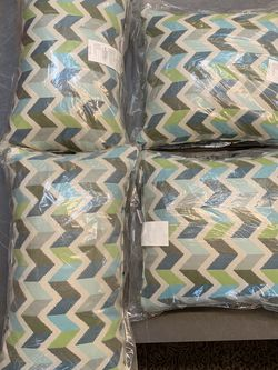 4 New Sunbrella brand Outdoor Pillows for Sale in Lake Oswego,  OR