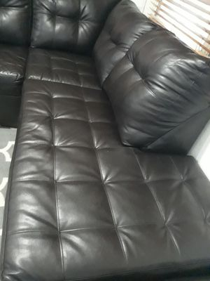 SECTIONAL LEATHER IN L.DELIVERY FREE for Sale in Hollywood, FL