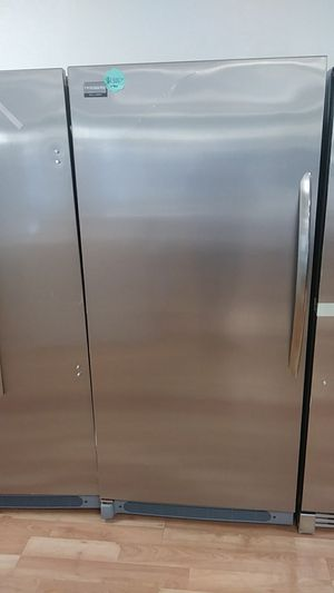 NEW FRIGIDAIRE GALLERY FREEZER for Sale in Montclair, CA