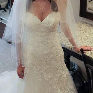 Sophia Tolli wedding dress for Sale in Boston, MA