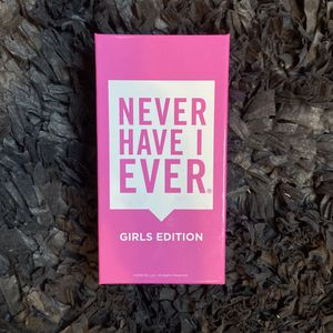 Never Have I Ever- Girls Edition for Sale in Chicago, IL