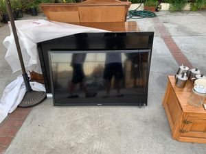 Sony LCD TV (Only Netflix and Utube) for Sale in La Puente, CA