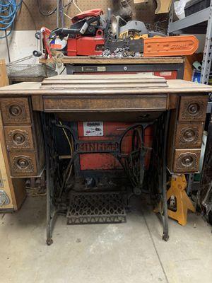 Vintage Singer Sewing machine. for Sale in Millbrae, CA
