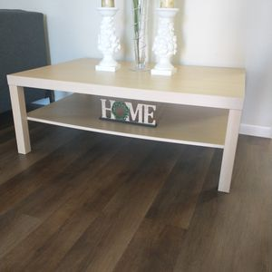"""New!! large farmhouse living room table with decor,47"""" long 31""""wide, 16""""tall pick up only 77075 for Sale in Houston, TX"""