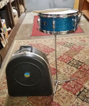 Snare Drum, Stand, Sticks, Ludwig Case for Sale in Fort Defiance, VA
