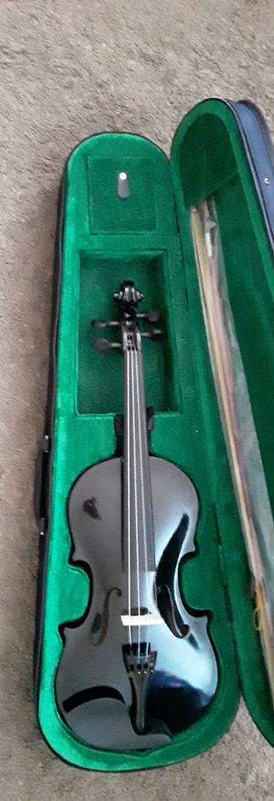 Brand new violin with case and bow for Sale in Mt. Juliet, TN