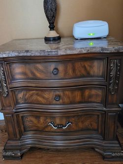 Nice full queen bedroom with grant top brand new it comes with queen bed two night stand and dresser and mirror it's comes also with full Memory form for Sale in Clifton,  NJ