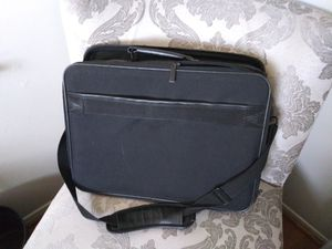 Large DELL LAPTOP case for Sale in Pomona, CA